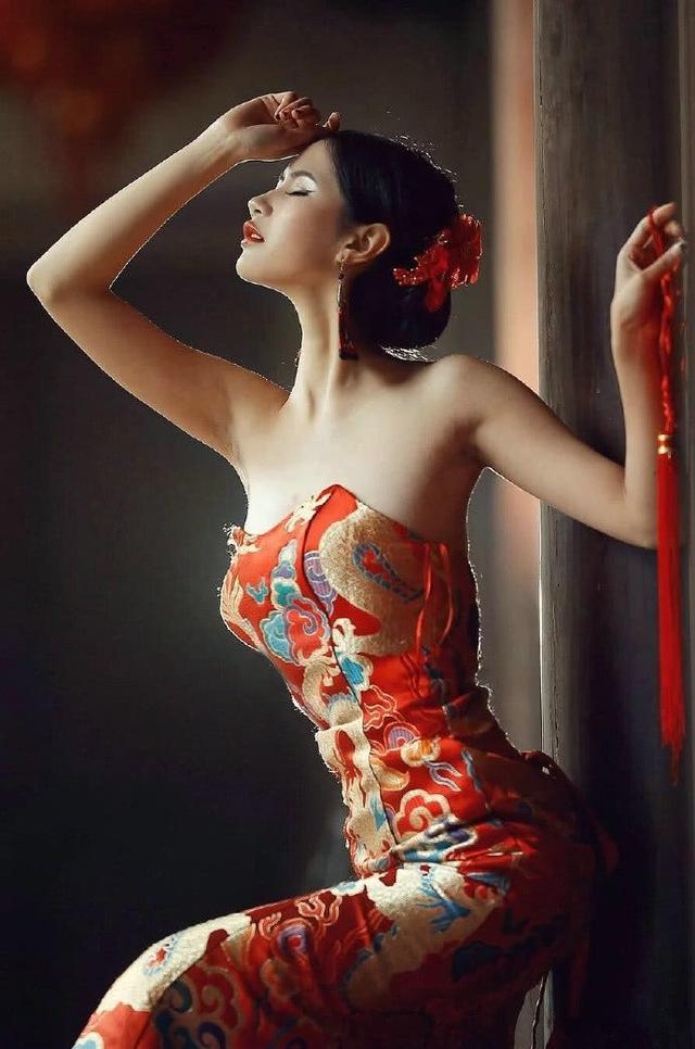 「旗袍美女」的圖片搜尋結果
